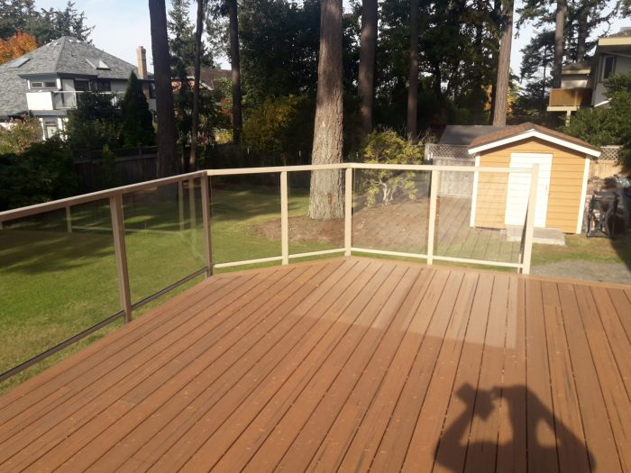 a brand new sun deck recently redone